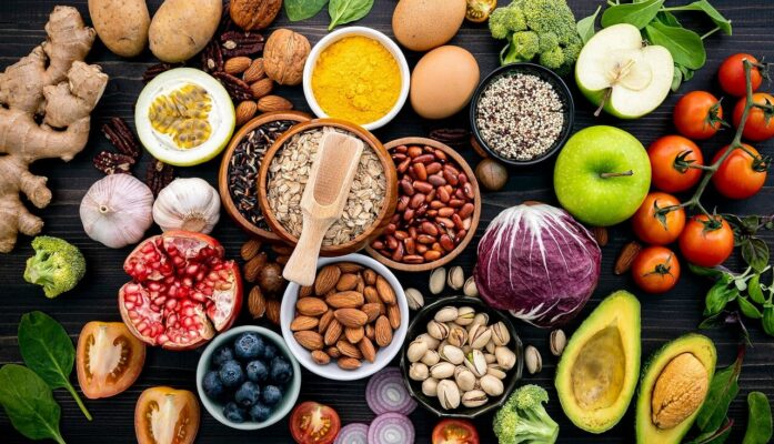 Auge de los alimentos saludables como el Aguacate